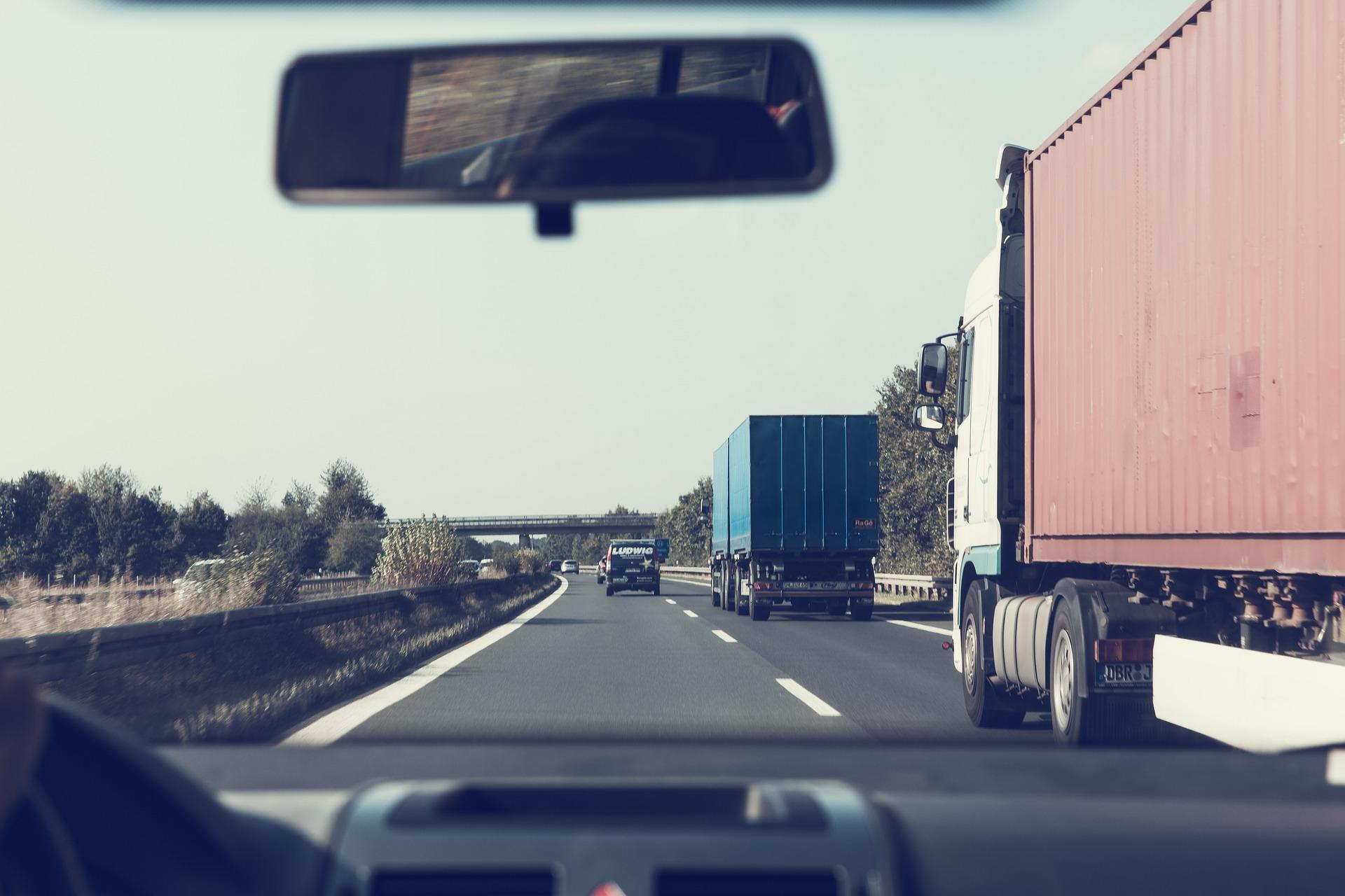 highway-1666635_1920